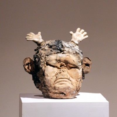 head+white-hands--26x24x16-150