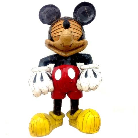 Mickey is cool 60 x 110 x 40 cm Cartón, pintura acrílica y barniz acrílico 2017 3.500€