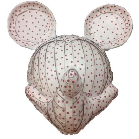 Mickey mouse is in demand 58 x 50 x 42 cm Cartón, papel adhesivo,, pintura acrílica y barniz acrílico 2017 1.000€