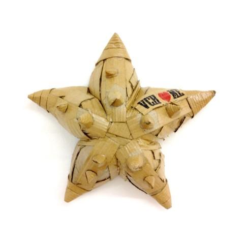 Starfish 2 29 x 9 x 29 cm Cartón y barniz acrílico 2017 340€